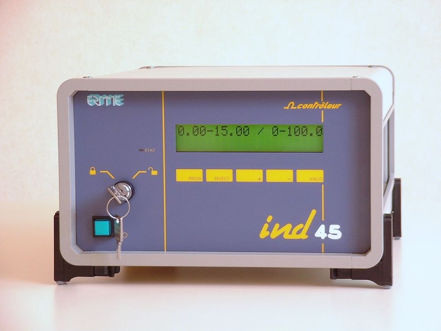 Ohmmeter Good Measurements And A High Low : Micro ohm meter provides high precision resistance measurements